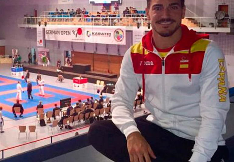 Damian Quintero Practico Deporte