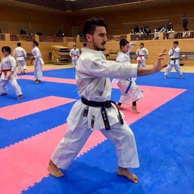 Quintero en los entrenamientos previos al Open de Okinawa. (Foto: Prensa DQ).